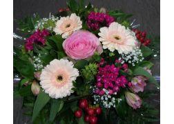 Bouquet rond en camaïeu rose