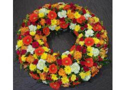 Couronne de fleurs variées